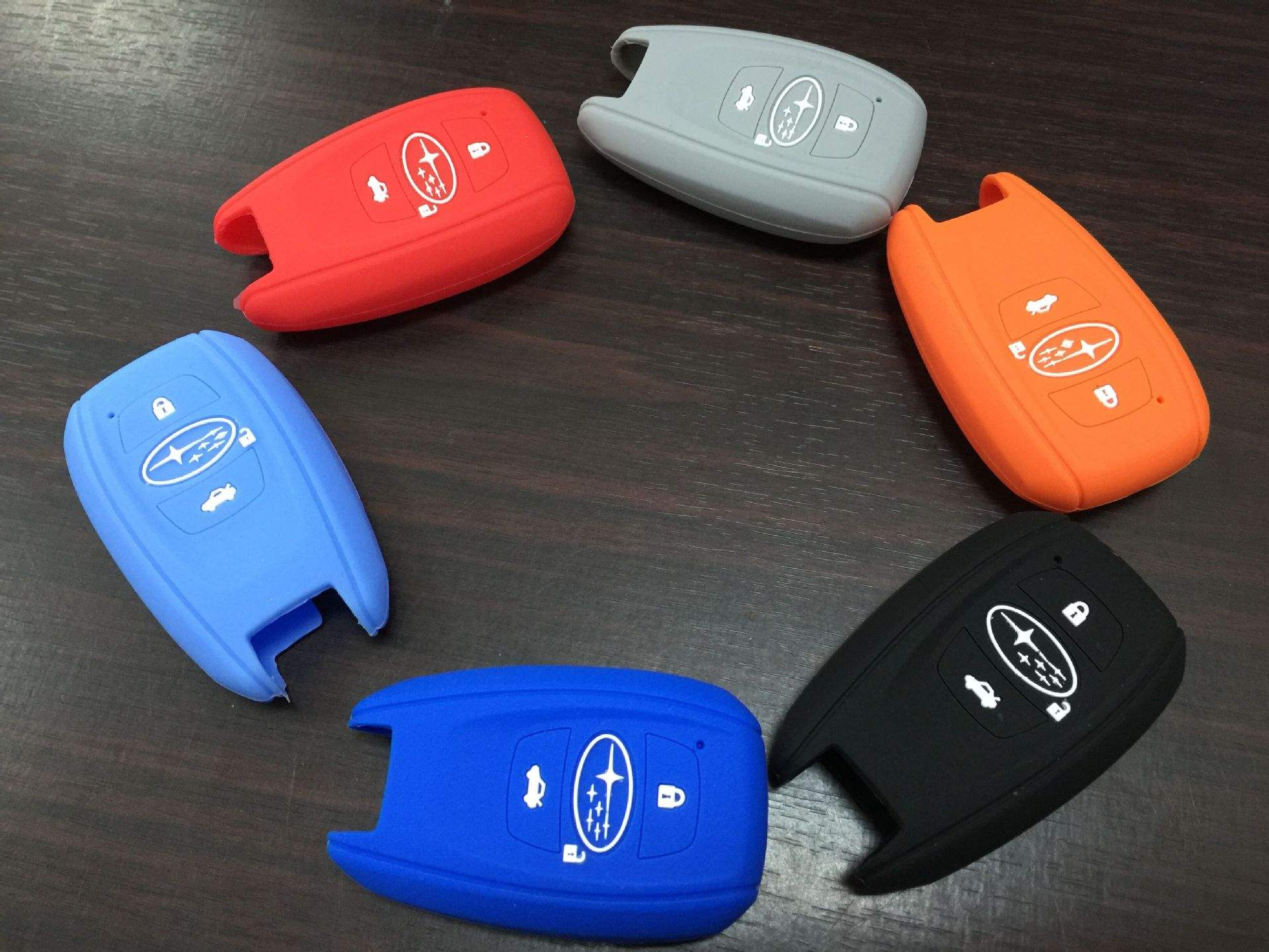 汽车用硅胶钥匙套 款式新颖 样式丰富